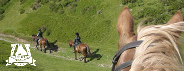 horse-riding-weekend-breaks
